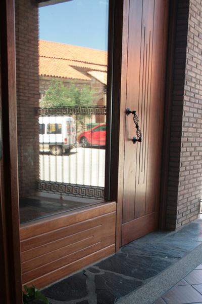 Construcciones luis tarro reformas - Puertas para porches ...